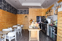 refurbished cafe bar very - 1