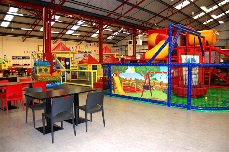 happy town soft play - 5