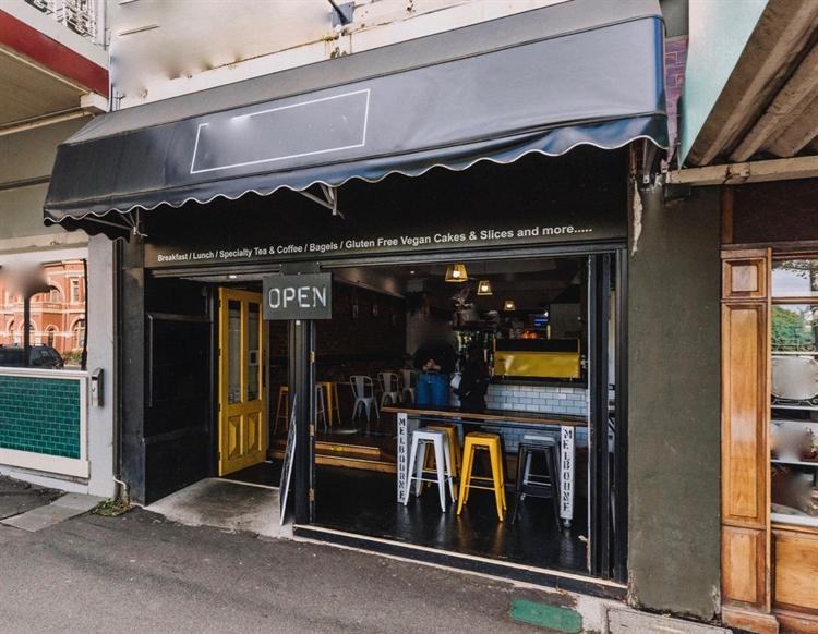cafe bar takeaway business - 7