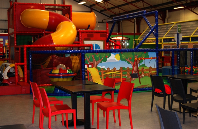 happy town soft play - 10