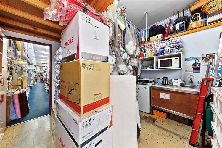 bargain box fabrics - 9