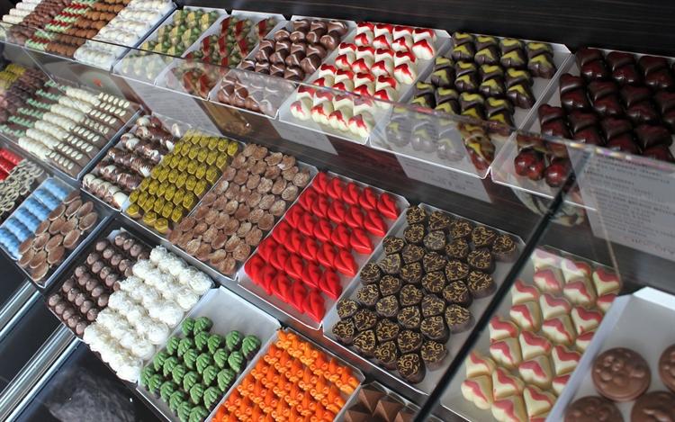 theobroma chocolate lounge franchise - 6