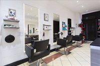 hair salon close to - 3