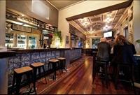 prime location restaurant hotel - 3
