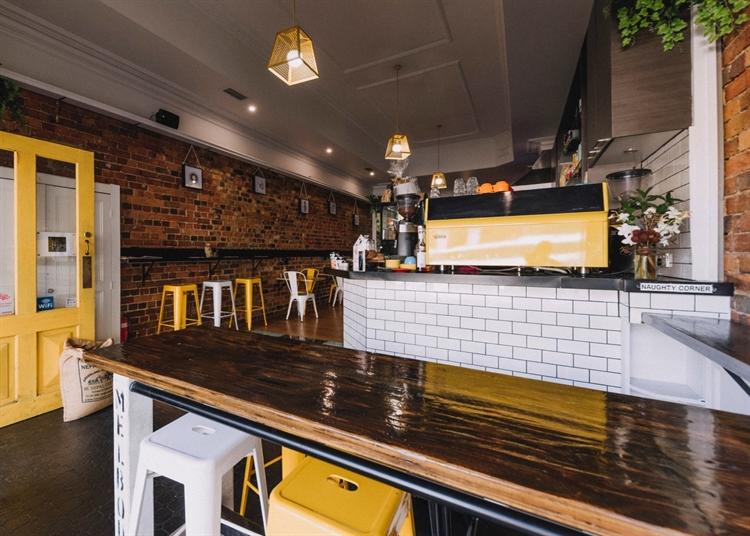 cafe bar takeaway business - 4