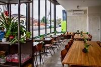 under offer thornbury cafe - 3