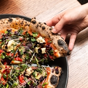 red sparrow pizza byron - 2