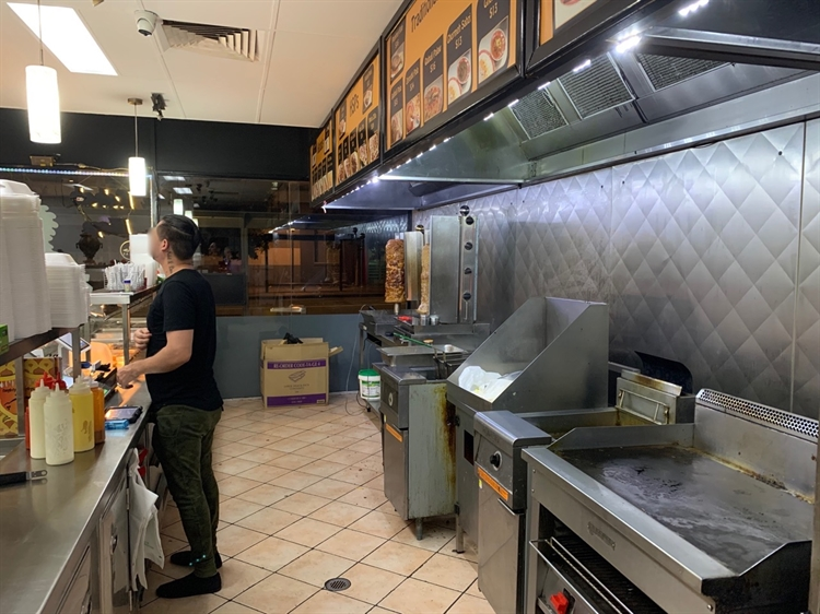 pizza kebab restaurant takeaway - 6