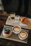 popular cafe high traffic - 1