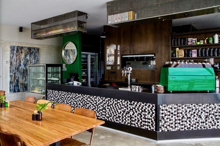 under offer thornbury cafe - 5