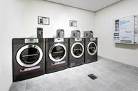 coin laundry near clayton - 1
