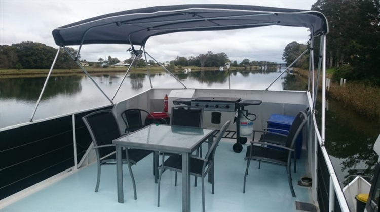 houseboat hire - 4