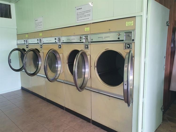 laundrette laundry services - 13