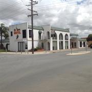 el toro motel - 2