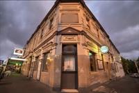 prime location restaurant hotel - 1