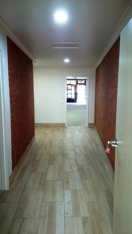 freehold investment property - 8