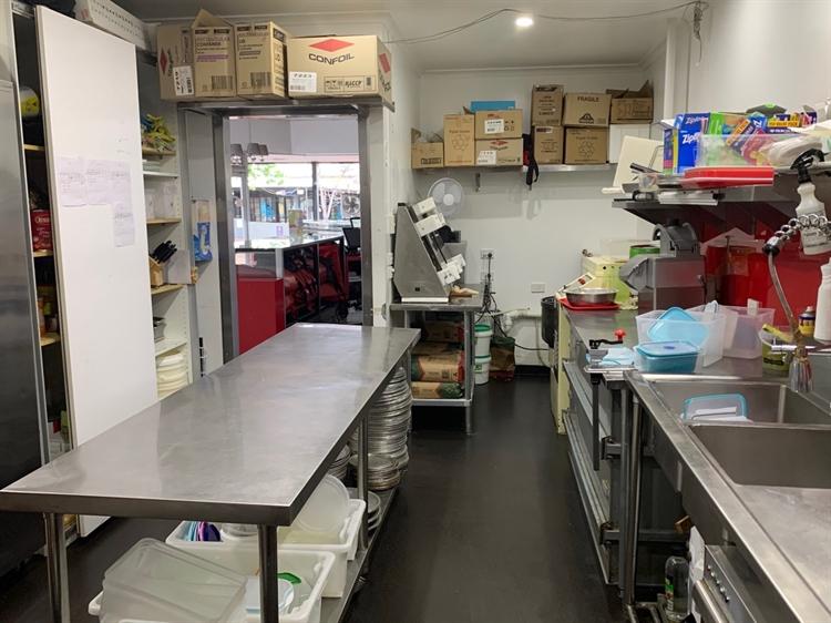 pizza restaurant takeaway business - 4