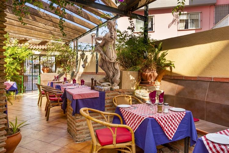 long established restaurant freehold - 13