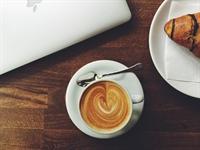 busy cafe brisbane cbd - 1