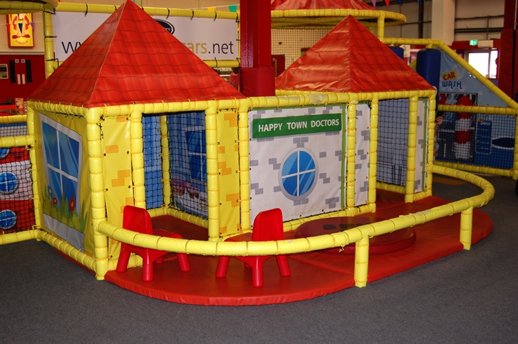 happy town soft play - 6