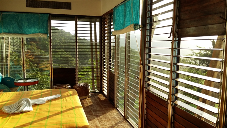 resort offers pandemic retreat - 4