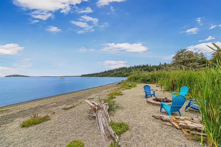 vacation rental waterfront estate - 6