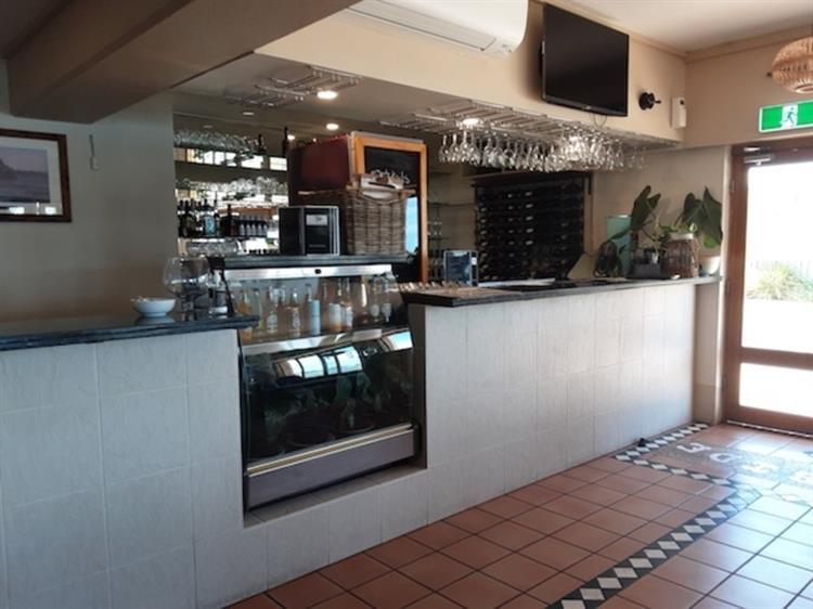 waterfront property restaurant bar - 4