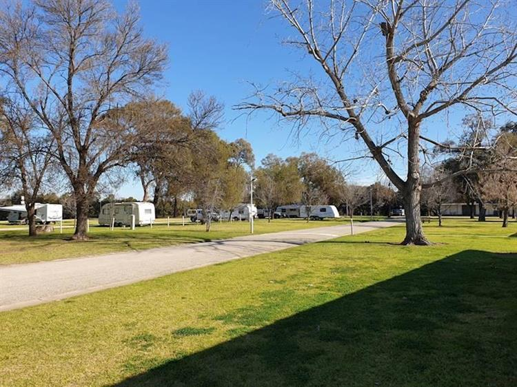 freehold business swan hill - 5