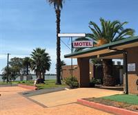 motel for sale country - 1