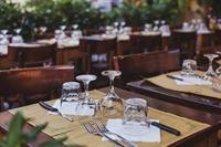 very popular restaurant - 1