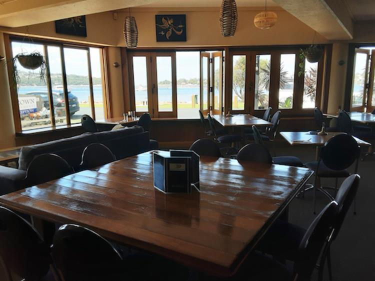 waterfront property restaurant bar - 8
