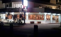 waterfront property restaurant bar - 1