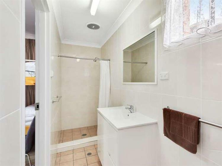 293cpf freehold mixed business - 5
