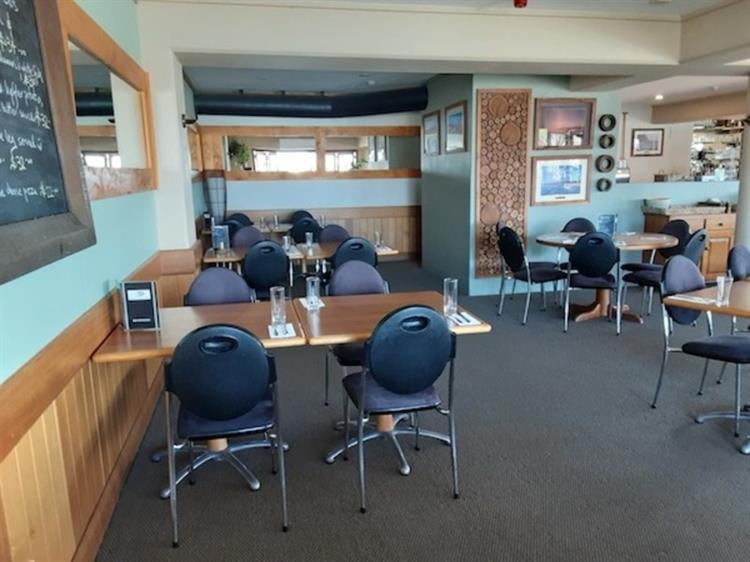 waterfront property restaurant bar - 7