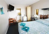 2457mf small freehold motel - 3