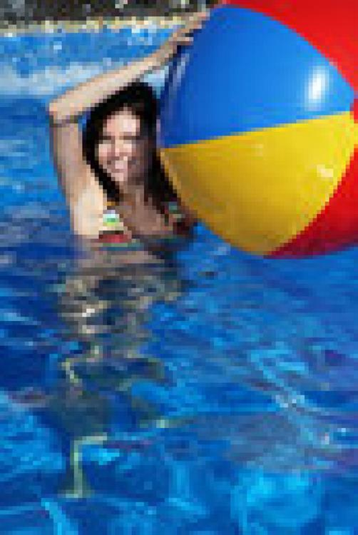 swimming pool cleaning maintenance - 4