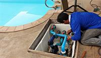 swimming pool cleaning maintenance - 2
