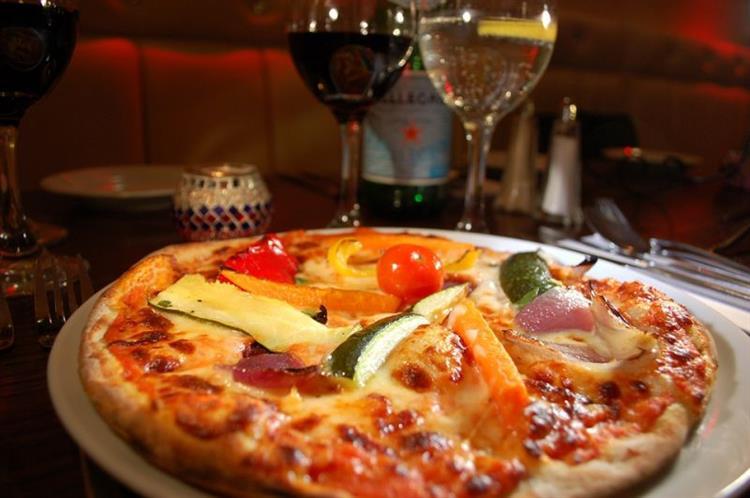 famous pizza restaurant for - 2