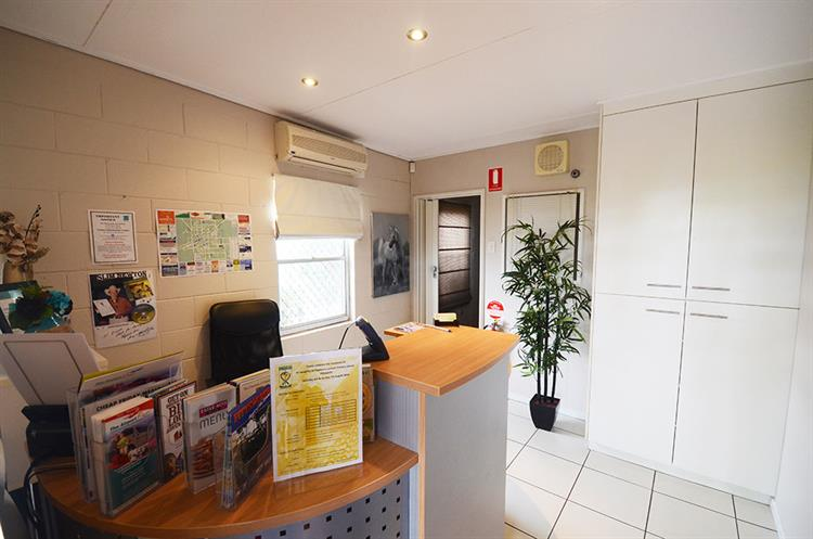 2457mf small freehold motel - 5