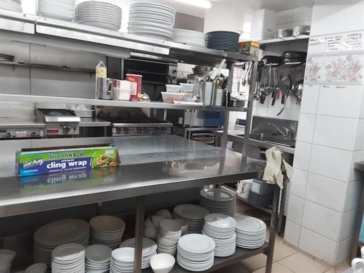 waterfront property restaurant bar - 9
