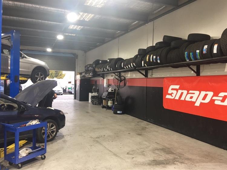 automotive service business hoppers - 4