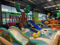 play centre with cafe - 3