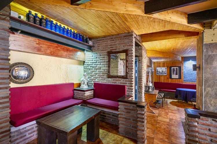 long established restaurant freehold - 9