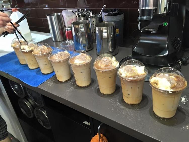coffee cake shop - 9