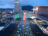 204 Rooms Rooftop Pool Restaurant Bar For Sale