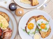 busy profitable cafe with
